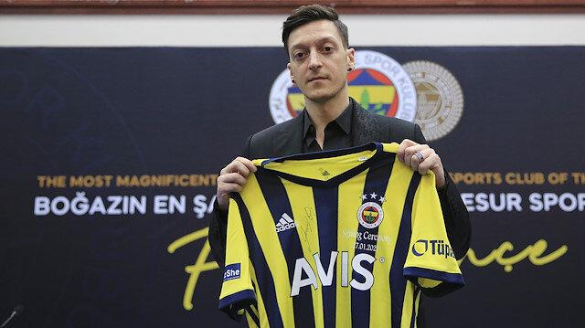 Mesut Özil'in forması rekor kırdı: Neymar'ı ikiye katladı