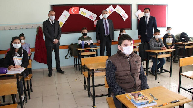 In-person education partially resumes in Turkey