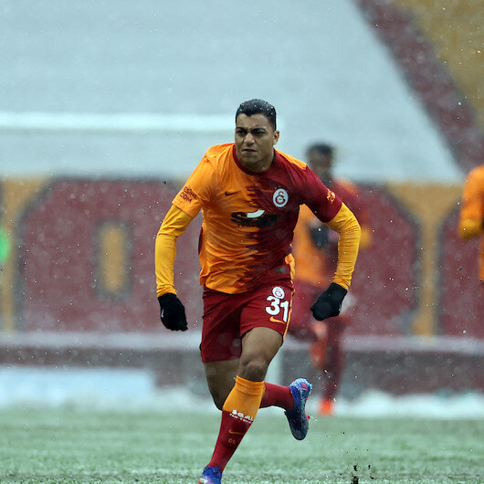 Galatasaray topple Kasimpasa 2-1 amid heavy snowfall
