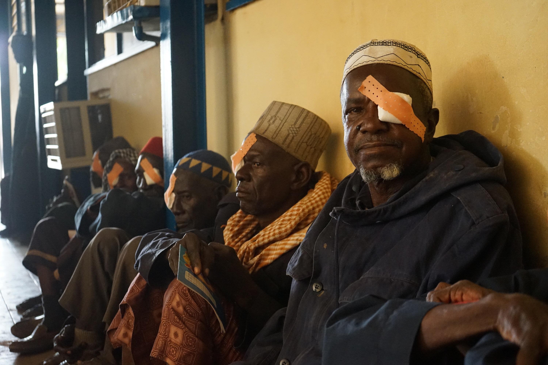 Nijer'de yapılan katarakt tedavisi.