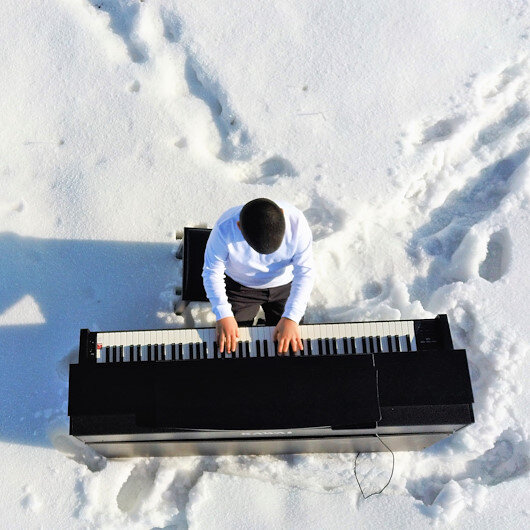Young absolute pitch pianist's dream comes true