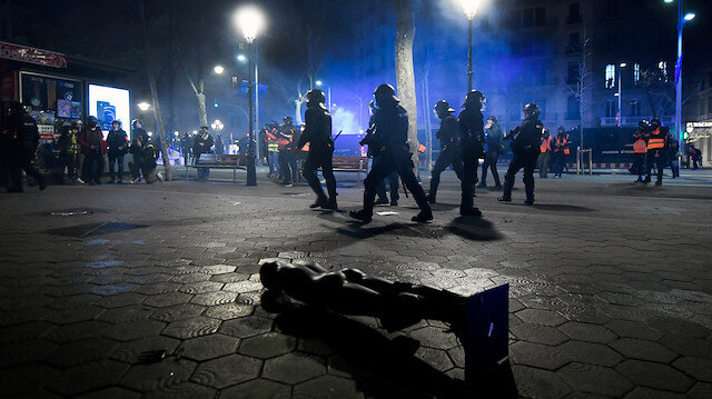 Spanish rapper protests