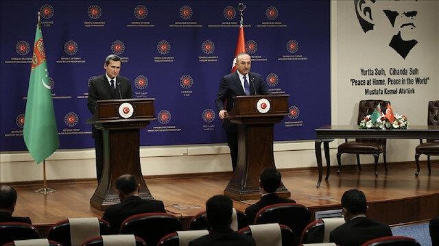 تشاووش أوغلو: مستعدون لنقل غاز تركمانستان إلى أوروبا