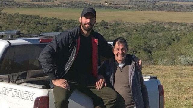Yıldız kaleciyi yıkan haber: Babası boğularak hayatını kaybetti