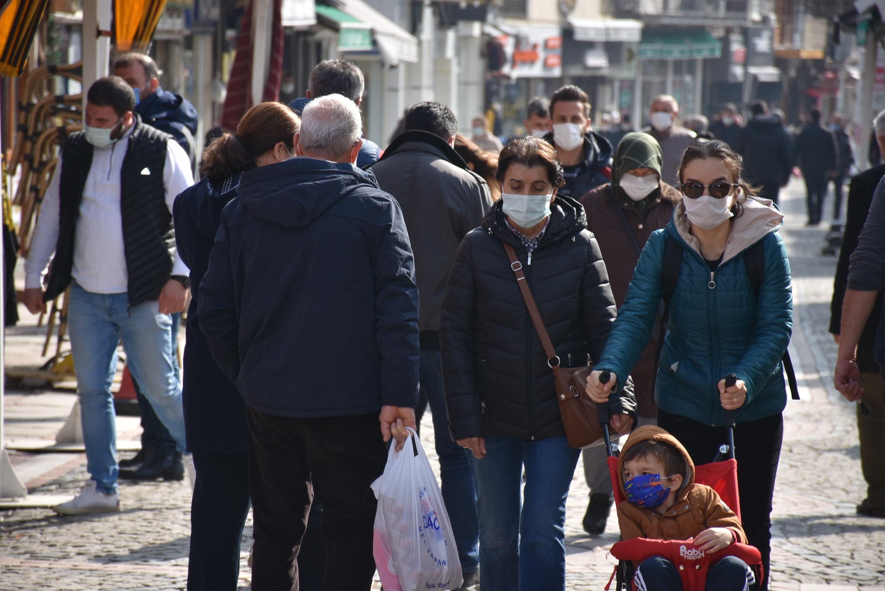 Trakya'da koronavirüs yükselişe geçti, önlemler artırıldı.