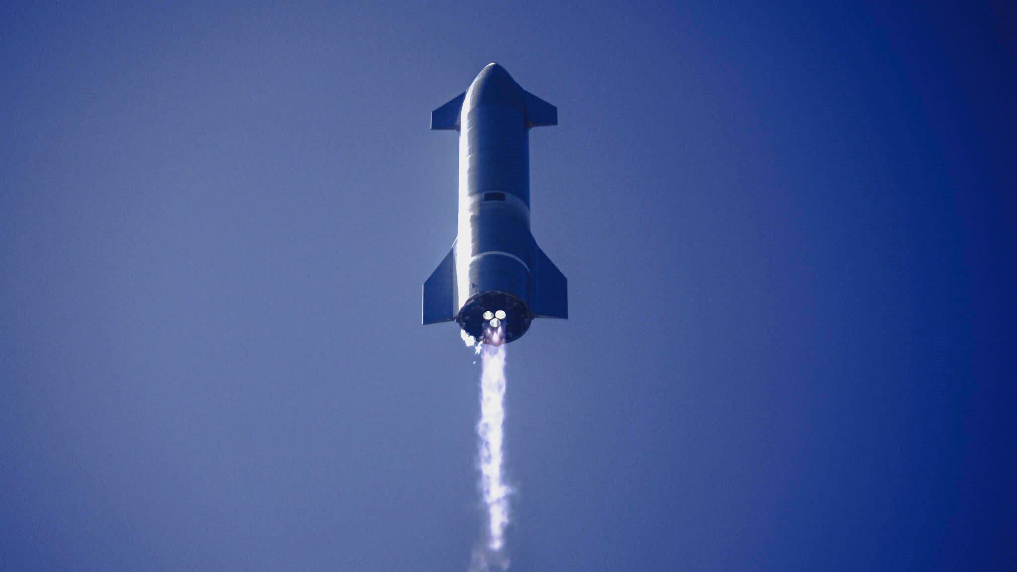 SpaceX'in Mars'a göndermeyi planladığı Starship aracı