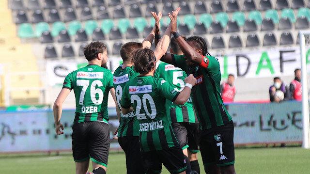 Gol düellosunda kazanan Denizlispor