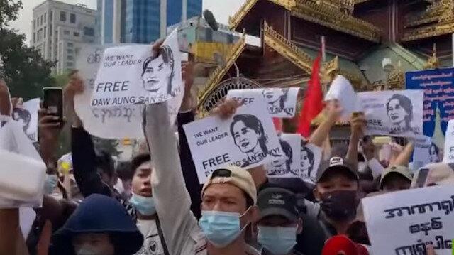 ميانمار.. تواصل المظاهرات عقب حملة مداهمات ليلية
