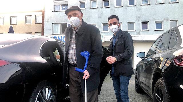 ألمانيا.. أتراك يتطوعون لنقل المسنين إلى مراكز لقاح كورونا
