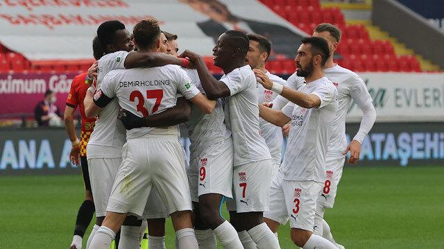 Süper Lig'de 8 gollü maçta kazanan Sivasspor