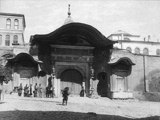 Osmanlı son devrinde Bab-ı Ali