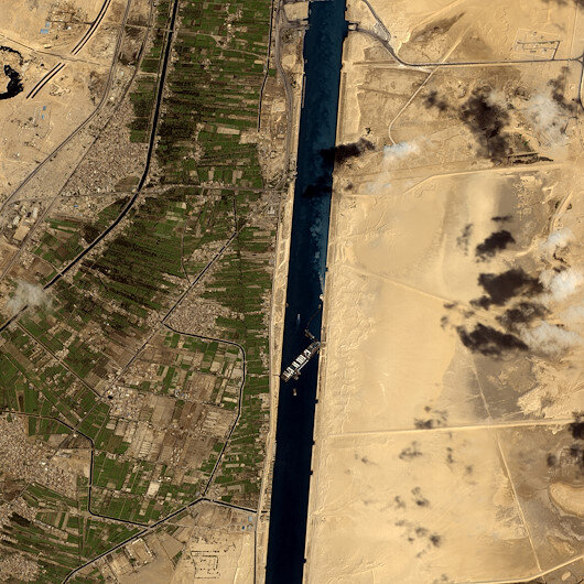 Traffic in Suez Canal back to normal: Official