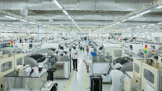 Xiaomi'nin Türkiye'deki fabrikasında yılda 5 milyon akıllı telefon üretilmesi bekleniyor.