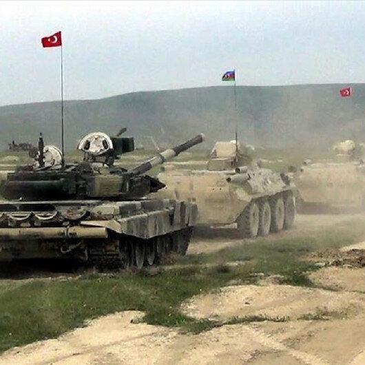 انطلاق مناورات عسكرية مشتركة للجيشين التركي والأذربيجاني