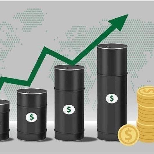 أسعار النفط تصعد تصحيحيا بعد هبوط حاد الاثنين