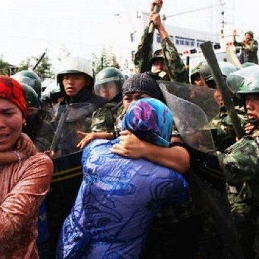 الصين تقضي بإعدام اثنين من مسؤولي الأويغور