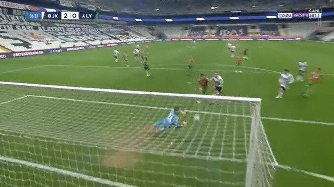 Ghezzal'ın attığı gol - Görüntü Bein Sports'tan alınmıştır.