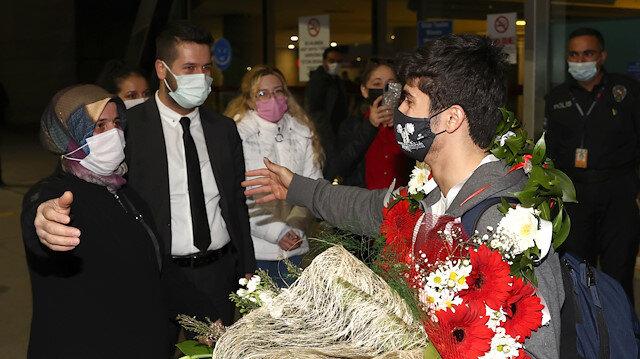Avrupa Şampiyonu milli halterci Muhammed Furkan Özbek yurda döndü