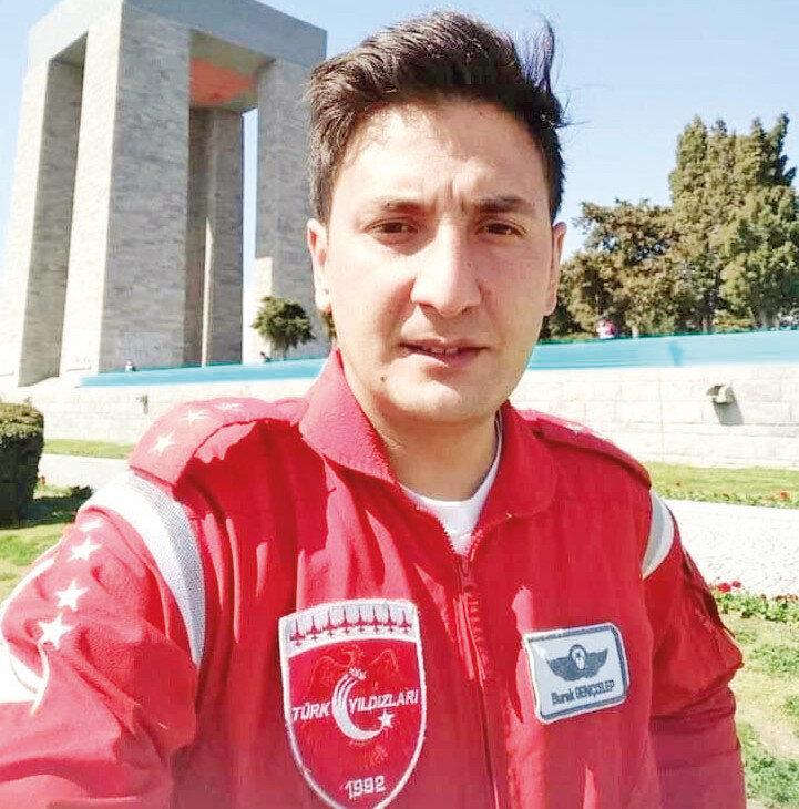 2007'de göreve başlayan Burak Gençcelep, Türk Yıldızları'nda 100 saate yakın uçuş yaptı. Şehit Yüzbaşının, uçağın OSB'deki işyerlerinin üstüne düşmesini önlediği, boş araziye manevra yaptığı belirtilmişti.