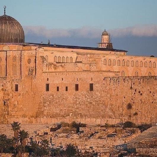 """الاحتلال يمنع فلسطينيي الضفة من الصلاة بـ""""الأقصى"""""""