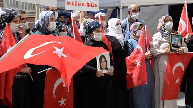 Another family joins anti-PKK sit-in in SE Turkey