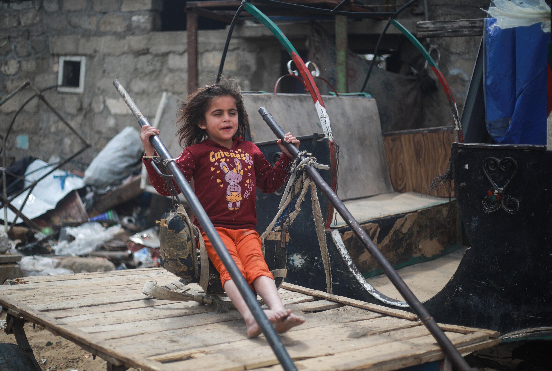 Nüfusun büyük çoğunluğunun mülteci olduğu Gazze Şeridi'nde çocuk olmak.