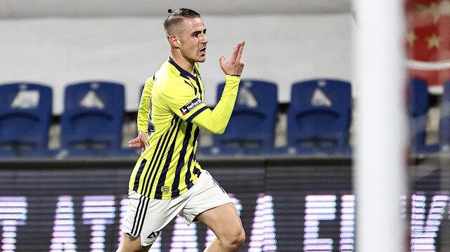 Fenerbahçe zorlu Başakşehir deplasmanında kazandı: Liderle aradaki fark iki oldu