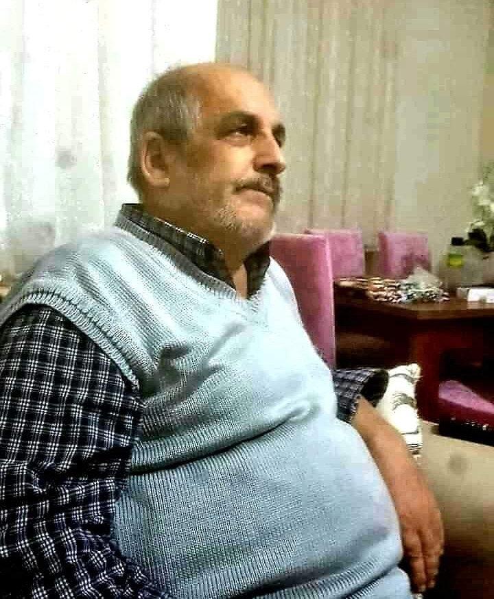 Aynı hastanede tedaviye alınan baba ve oğlu, 5 saat arayla hayatlarını kaybetti.