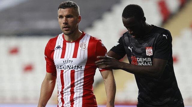 Podolski isyan etti: