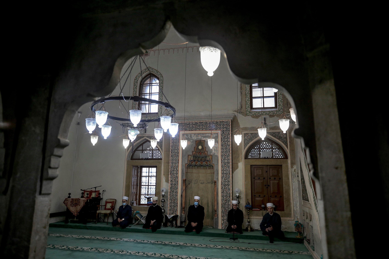Mukabele, İslam dünyası için oldukça önemli bir gelenek.