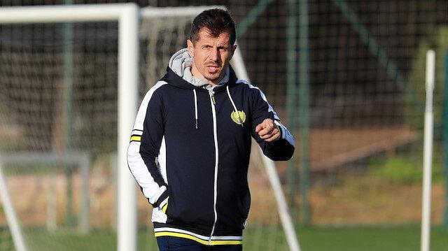 Emre Belözoğlu Fenerbahçe'ye umut oldu