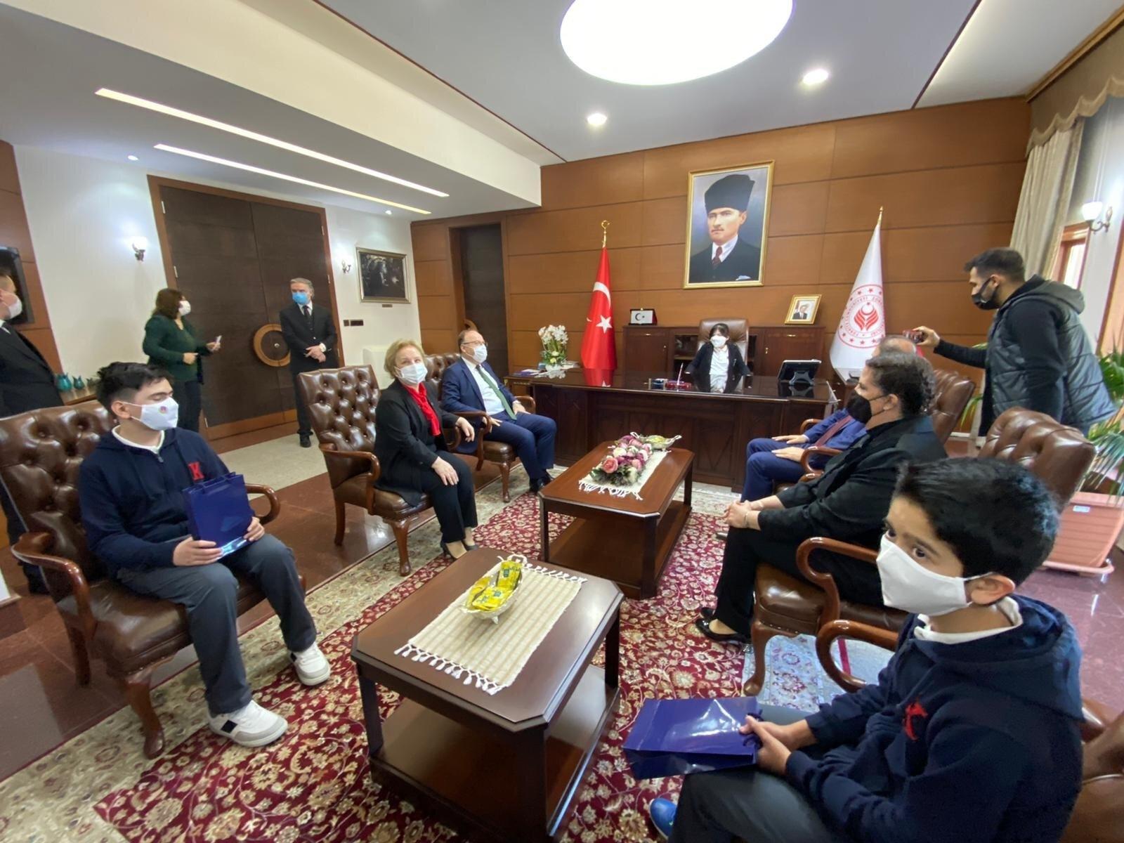 Zonguldak Valisi Tutulmaz, 23 Nisan Ulusal Egemenlik ve Çocuk Bayramı kapsamında yapılan ziyaret sonrası açıklamada bulundu.