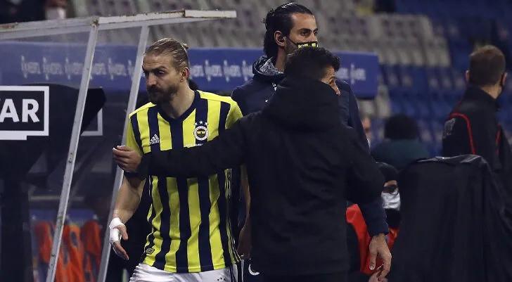 Caner Erkin'in oyundan alınmasına tepki göstermişti.