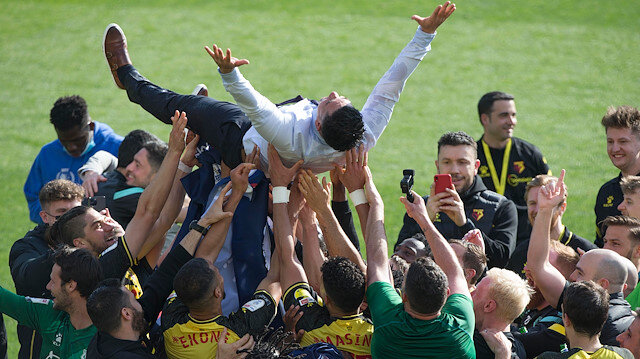 Watford yeniden İngiltere Premier Lig'e yükseldi