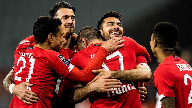 Lille'de Türk fırtınası: Burak Yılmaz ve Zeki Çelik'ten muhteşem goller