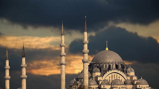 إسطنبول.. روحانيات رمضان حاضرة بصلوات الجماعة