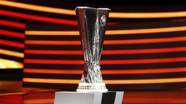 UEFA Avrupa Ligi'nde finalistler belli oldu: Manchester United-Villarreal