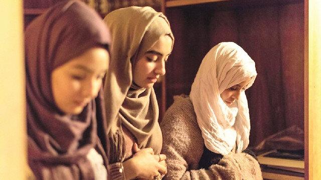 Cemaat kadınlarla tamamlanır