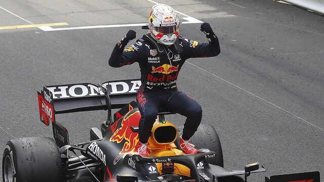 Monako'da zafer Red Bull pilotu Max Verstappen'in oldu