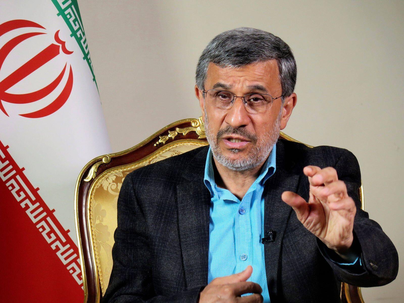 Cumhurbaşkanı adaylığı reddedilen isimlerden birisi de Eski İran Cumhurbaşkanı Mahmut Ahmedinejat oldu.