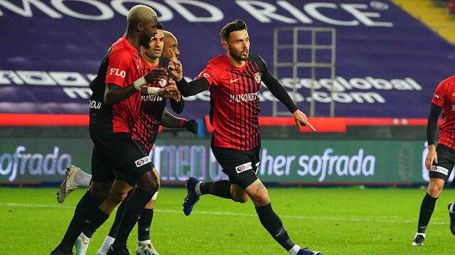 Gaziantep FK, Amedej Vetrih'in sözleşmesini uzattı