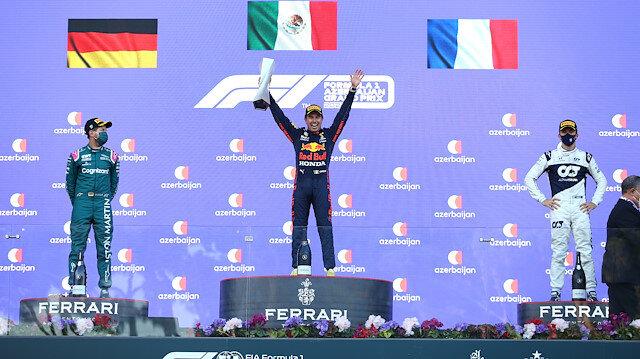 Formula 1 Azerbaycan Grand Prix'sini Red Bull pilotu Sergio Perez kazandı