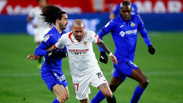 Fenerbahçe Aleix Vidal'a teklif yaptı