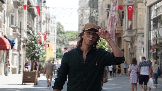 مخرج إيطالي في شوارع إسطنبول لإنتاج وثائقي عن الثقافة التركية