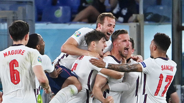 İngiltere yarı finalde Danimarka'nın rakibi oldu