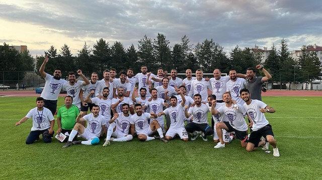 Efsane geri döndü: Türk futbolunun köklü kulübü 3. Lig'e yükseldi