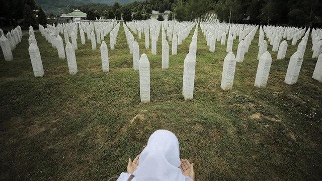 الممثل السامي للبوسنة يحظر إنكار الإبادة الجماعية في سربرنيتسا