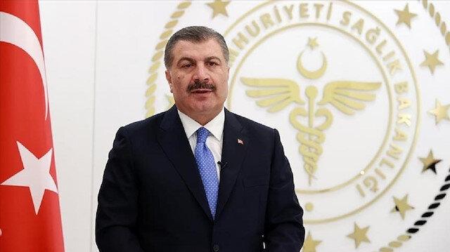 وزير الصحة التركي يدعو مواطنيه للإسراع في تلقي لقاحات كورونا