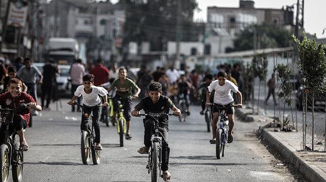"""غزة...سباق دراجات للأطفال للمطالبة بوقف """"تسليح إسرائيل"""""""