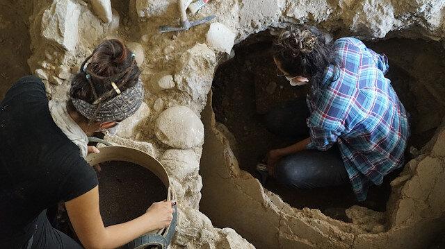 تركيا.. العثور على فخاريات أثرية عملاقة